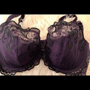 Gorgeous Soma bra